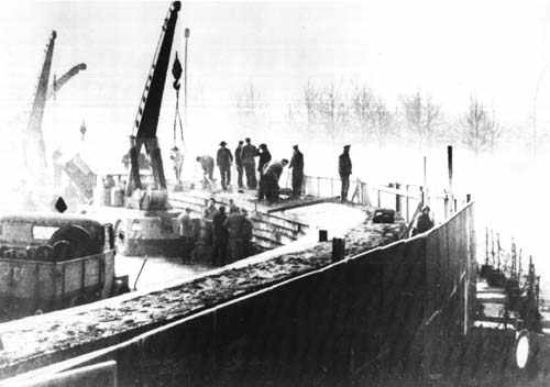 construyendo el muro 1961
