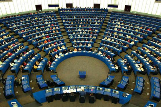 external image parlamento_europeo_escanos.jpg