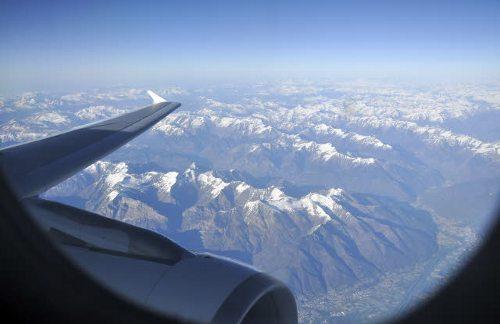 Imágenes Personas Viajando En Avion: La UE Recupera Su Plan De Cobrar Una Tasa Verde A Los